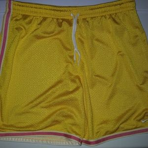 Nike Womens shorts size M(8-10) yellow and pink
